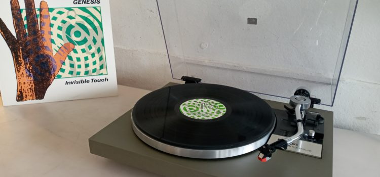 Sold: Technics SL20 Belt Drive Turntable