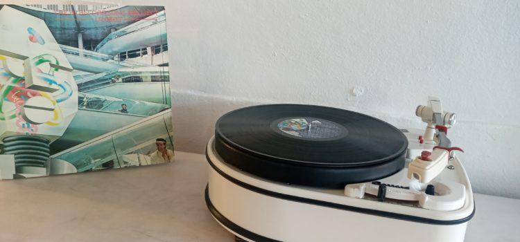 Sold: Garrard 4HF Single Record Playing Idler-Drive Turntable